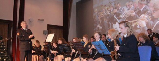 Tradicionalni božićno-novogodišnji koncert  Puhačkog orkestra DVD-a Otočac