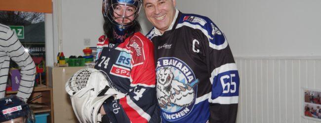 Hokejaši KHL Medvešćak posjetili Otočac i donirali Dječji vrtić Ciciban