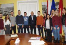 Gradonačelnik Kostelac potpisao ugovore o stipendiranju studenata