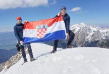 Otočani Milan i Stipe na uskršnjem usponu na Begunjščicu (2060 mnv)