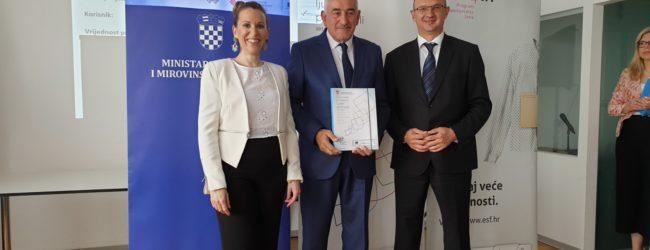 Gradonačelnik Kostelac potpisao ugovor u okviru Programa zapošljavanja žena – Zaželi