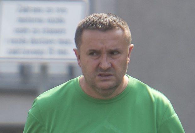 Željko Popović ima novi hobi, smeće u Otočcu!
