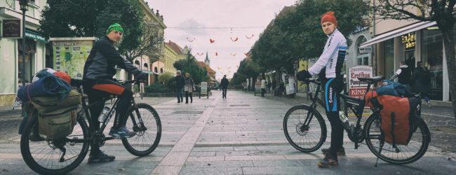 Nezaustavljivi Ličani – Krznarić i Piršljin bicikliraju Lika Touring dionicom