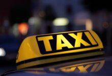 Mladi Nijemac skakao po taksijima  i trgao retrovizore