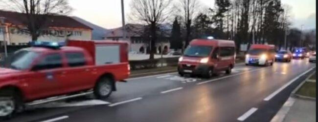 Vatrogasci Ličko-senjske županije upućeni na ispomoć građanima Petrinje