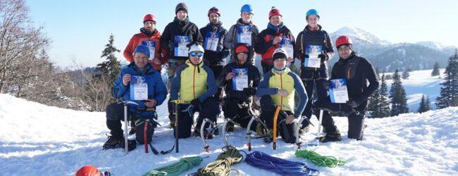 PAK Annapurna na Velebitu održala visokogorsku edukaciju