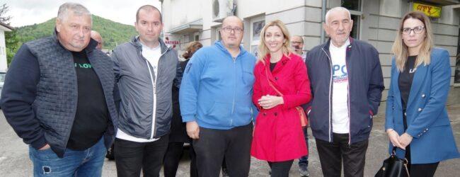 Druženje kandidata stranke LiPO sa građanima Otočca