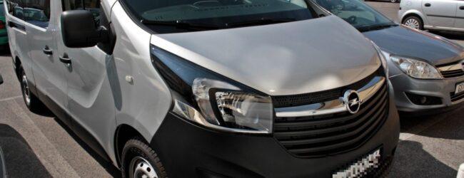 Novo kombi vozilo stiže u Zajednicu sportskih udruga Grada Otočca