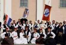 Od danas odrasla skupina Folklornog društva Otočac ponovno započinje s radom